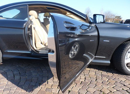 Mercedes CL 500 4Matic Sport: prova su strada della coupé sportiva ed elegante - Foto 16 di 40