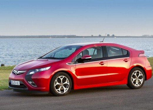 Opel Ampera: prima prova su strada della elettrica ad autonomia estesa - Foto 8 di 19