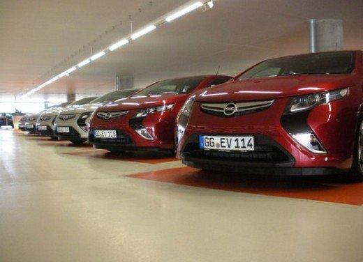 Opel Ampera: prima prova su strada della elettrica ad autonomia estesa - Foto 16 di 19