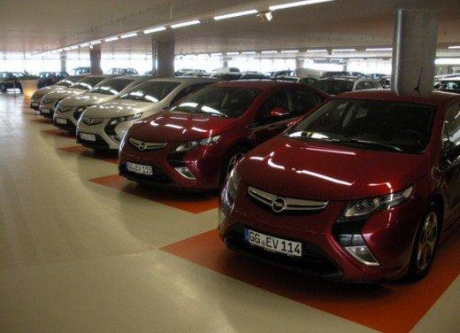 Opel Ampera: prima prova su strada della elettrica ad autonomia estesa - Foto 17 di 19