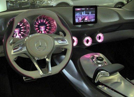 Prime foto degli interni della Nuova Mercedes Classe A - Foto 13 di 19