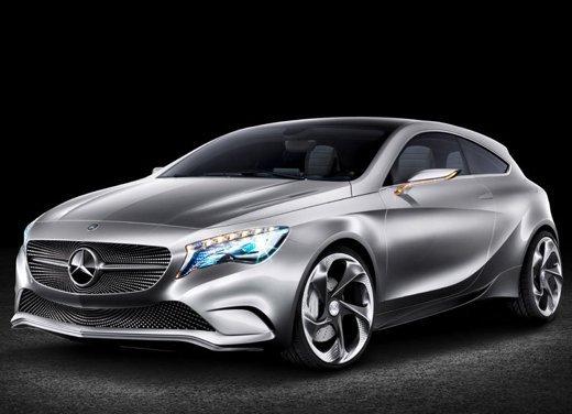 Prime foto degli interni della Nuova Mercedes Classe A - Foto 17 di 19