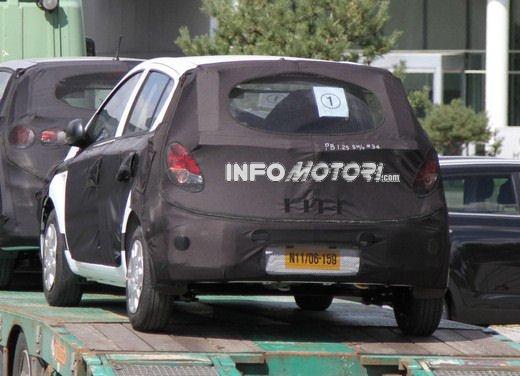 Hyundai i20, le foto degli interni del restyling 2012 - Foto 14 di 18