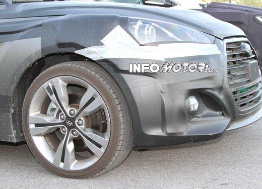 Hyundai Veloster Turbo video spia dalla Valle della Morte - Foto 4 di 8