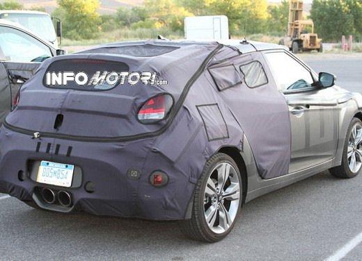 Hyundai Veloster Turbo video spia dalla Valle della Morte - Foto 5 di 8