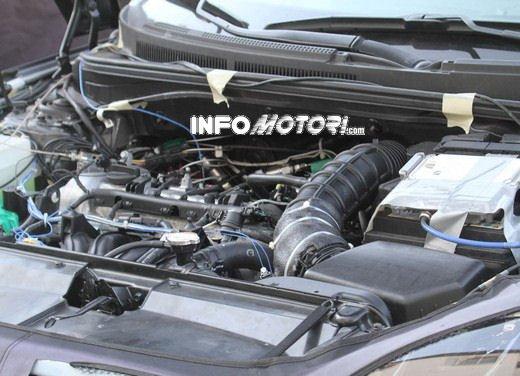 Hyundai Veloster Turbo video spia dalla Valle della Morte - Foto 8 di 8