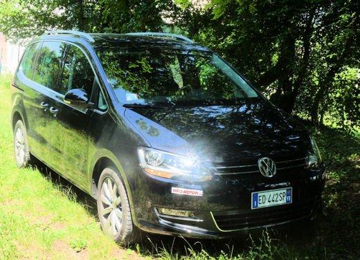 Nuova Volkswagen Sharan Long Test Drive - Foto 9 di 17