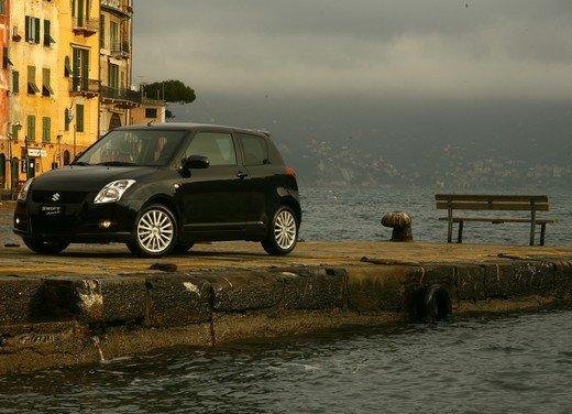 Suzuki Swift Sport, provata la rivale di Fiat 500 Abarth - Foto 30 di 43