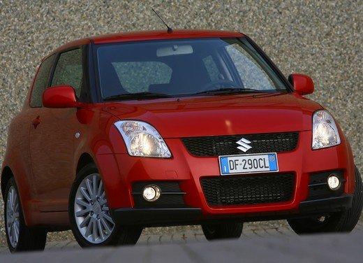 Suzuki Swift Sport, provata la rivale di Fiat 500 Abarth - Foto 40 di 43