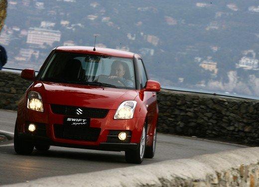 Suzuki Swift Sport, provata la rivale di Fiat 500 Abarth - Foto 19 di 43
