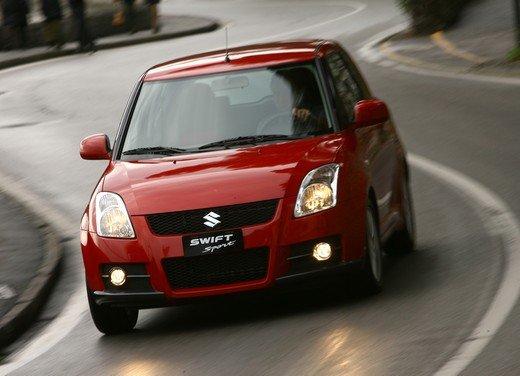 Suzuki Swift Sport, provata la rivale di Fiat 500 Abarth - Foto 20 di 43