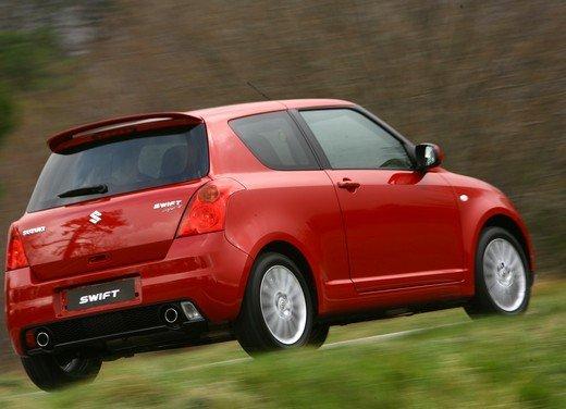 Suzuki Swift Sport, provata la rivale di Fiat 500 Abarth - Foto 22 di 43