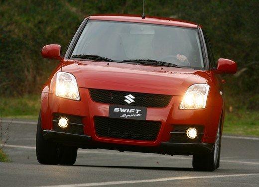 Suzuki Swift Sport, provata la rivale di Fiat 500 Abarth - Foto 25 di 43