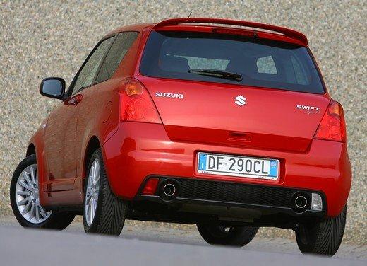 Suzuki Swift Sport, provata la rivale di Fiat 500 Abarth - Foto 42 di 43
