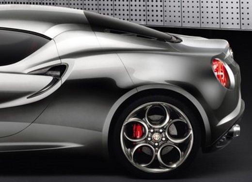 Nuovo motore Alfa Romeo 1.800 da 300 CV - Foto 9 di 19