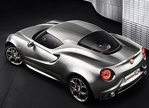 Nuovo motore Alfa Romeo 1.800 da 300 CV - Foto 7 di 19