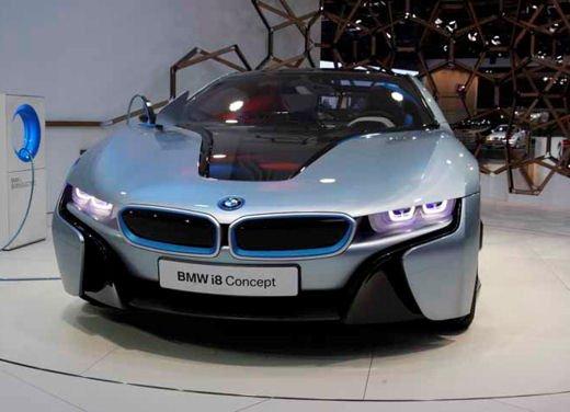 BMW i8: nuove luci laser in via di sviluppo - Foto 6 di 28