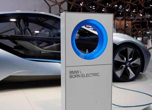 BMW i8: nuove luci laser in via di sviluppo - Foto 7 di 28