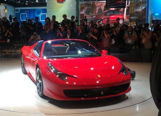 Ferrari 458 Spider, la supercar protagonista di un divertente scherzo - Foto 2 di 10