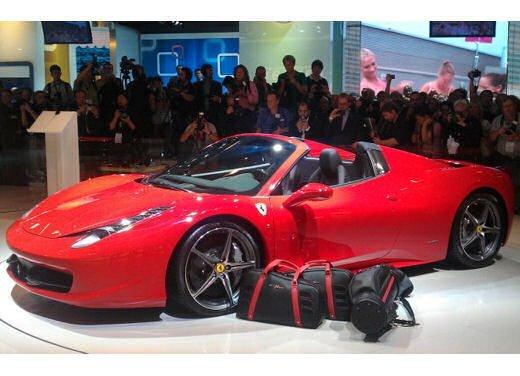 Ferrari 458 Spider, la supercar protagonista di un divertente scherzo - Foto 4 di 10