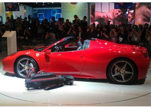 Ferrari 458 Spider, la supercar protagonista di un divertente scherzo - Foto 5 di 10