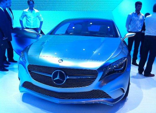 Prime foto degli interni della Nuova Mercedes Classe A - Foto 4 di 19