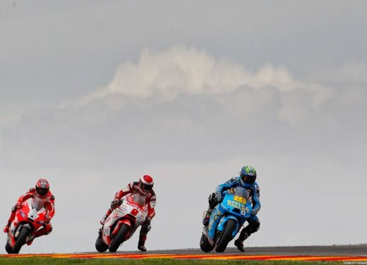 MotoGP: dal 2012 test privati MotoGP liberalizzati dalla Grand Prix Commission - Foto 19 di 72