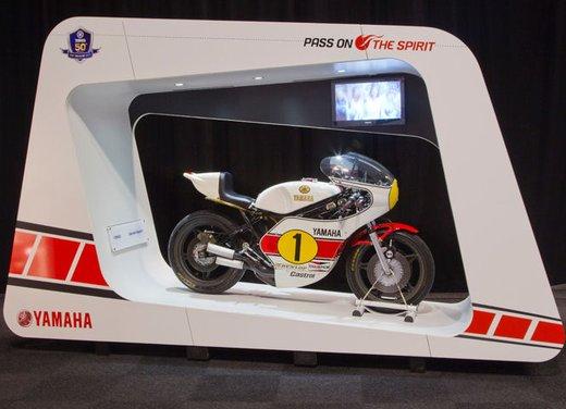 """Yamaha festeggia i suoi 50 anni nei GP alla """"200 Miglia di Imola Revival"""""""