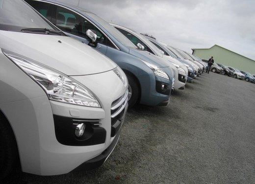 Peugeot 3008 Hybrid4: prova su strada del primo diesel ibrido al mondo - Foto 8 di 26