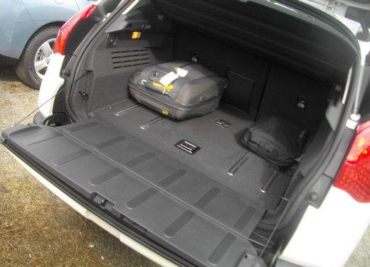 Peugeot 3008 Hybrid4: prova su strada del primo diesel ibrido al mondo - Foto 18 di 26