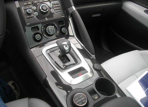Peugeot 3008 Hybrid4: prova su strada del primo diesel ibrido al mondo - Foto 19 di 26