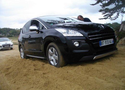 Peugeot 3008 Hybrid4: prova su strada del primo diesel ibrido al mondo - Foto 2 di 26