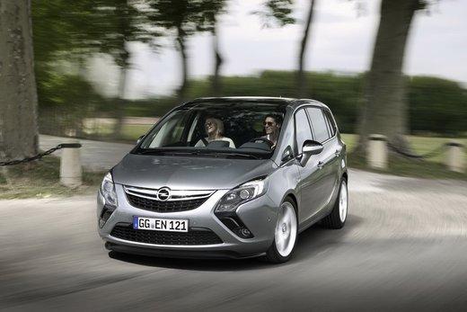 Nuova Opel Zafira Metano in promozione al prezzo di 21.000 euro - Foto 14 di 19