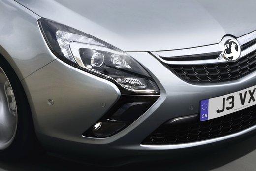 Nuova Opel Zafira Metano in promozione al prezzo di 21.000 euro - Foto 16 di 19