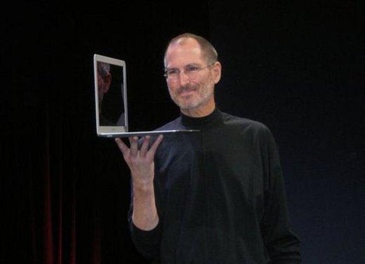 Addio a Steve Jobs, il genio che ha creato Apple - Foto 9 di 16
