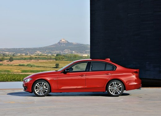 BMW Serie 3 316d entry level della gamma - Foto 41 di 48