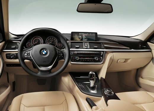BMW Serie 3 316d entry level della gamma - Foto 31 di 48