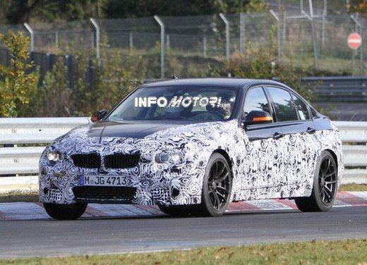 Continuano i test della nuova BMW Serie 3 anche in versione BMW M3 provata in pista