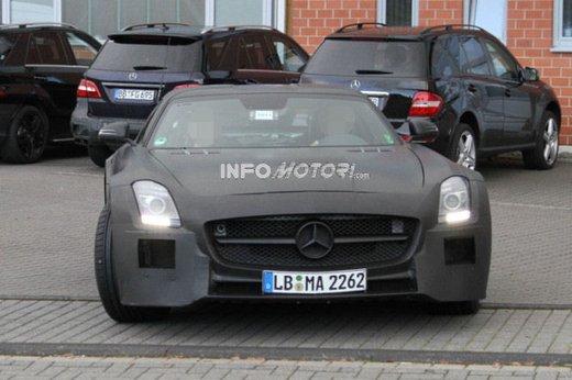 Mercedes SLS AMG BlackSeries video spia al Nürburgring - Foto 6 di 16