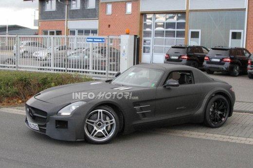 Mercedes SLS AMG BlackSeries video spia al Nürburgring - Foto 7 di 16