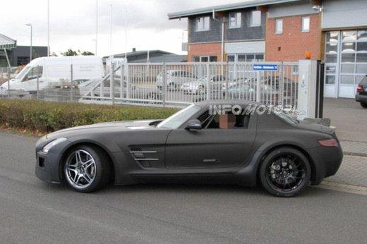 Mercedes SLS AMG BlackSeries video spia al Nürburgring - Foto 5 di 16