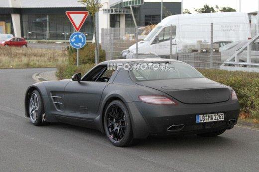 Mercedes SLS AMG BlackSeries video spia al Nürburgring - Foto 4 di 16