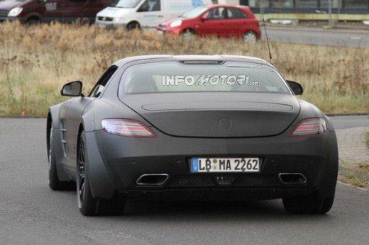 Mercedes SLS AMG BlackSeries video spia al Nürburgring - Foto 2 di 16