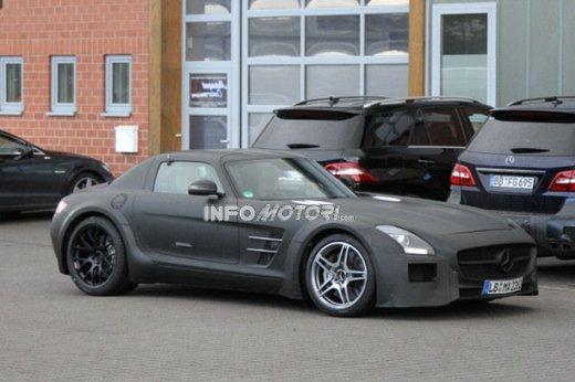 Mercedes SLS AMG BlackSeries video spia al Nürburgring - Foto 9 di 16