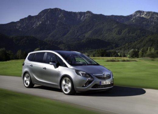 Opel Zafira Tourer e Astra GTC ricevono Cinque stelle Euro NCAP