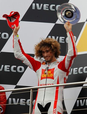 Al GP di Valencia tutti in pista col 58 di Marco Simoncelli - Foto 42 di 42