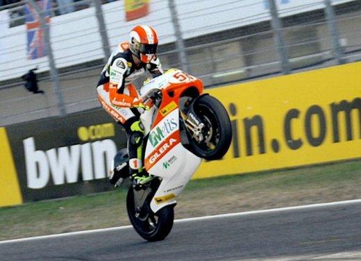Al GP di Valencia tutti in pista col 58 di Marco Simoncelli - Foto 30 di 42