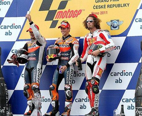 Al GP di Valencia tutti in pista col 58 di Marco Simoncelli - Foto 20 di 42