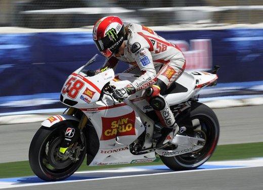 Al GP di Valencia tutti in pista col 58 di Marco Simoncelli - Foto 2 di 42