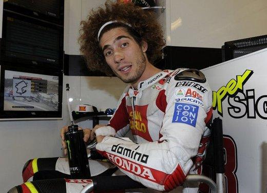 Al GP di Valencia tutti in pista col 58 di Marco Simoncelli - Foto 5 di 42